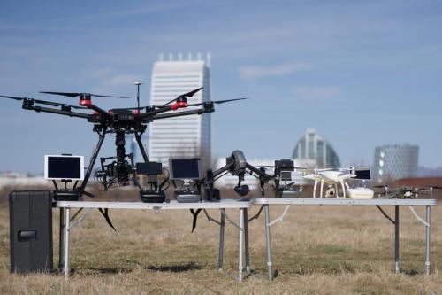 Всички наши DJI дронове